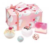 Bomb Cosmetics Cherry Bathe-well ballistic 2x160 g + ball 2x30 g + soap 100 g, cosmetic set