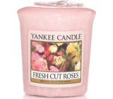 Yankee Candle Fresh Cut Roses - Freshly cut roses scented votive candle 49 g