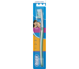 Oral-B 3 Effect Classic medium toothbrush
