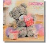 Me to You Blahopřání do obálky 3D Medvěd se třemi dárky a balónky 15,5 x 15,5 cm
