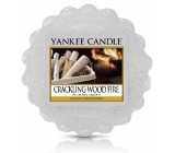 Yankee Candle Crackling Wood Fire - Sparkling Fire in Fireplace Fragrant Wax to Aromalamp 22g