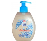 Mika Kiss Classic Antibacterial liquid soap with 500 ml additive