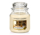 Yankee Candle Winter Wonder Classic medium glass 411 g