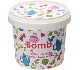 Bomb Cosmetics Brusinka a limetka Přírodní sprchový tělový peeling 365 ml