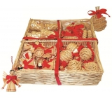 Straw decorations in a basket of 54 pieces