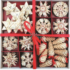 Straw decoration in wooden box 56 pieces