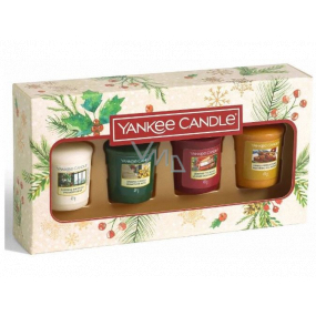 Yankee Candle Magical Christmas Morning Singing Carols - Carol Singing + Holiday Hearth - Holiday Fireplace + Surprise Snowfall - Snow Surprise + Vanilla French Toast - French Vanilla Toast Votive Scented Candle 4 x 49 g, Christmas Gift Set