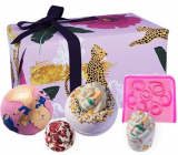 Bomb Cosmetics Wild at Heart effervescent ballistic bath ball 2 x 160 g + glycerin soap 100 g + butter ball 30 g + bath block 50 g, cosmetic set