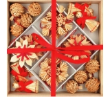 Straw decoration in a wooden box with red decor 32 pieces