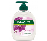 Palmolive Naturals Black Orchid liquid soap with a 300 ml dispenser